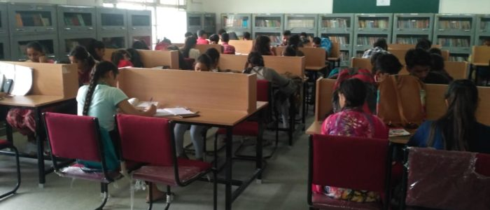 Government College Nagrota Bagwan library